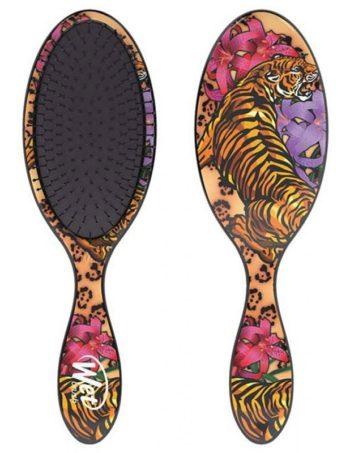 wet brush tattoo tiger